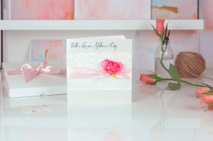 Mothers Day Lace Rose card l Mothers day card £9.95 www.madewithlovedesigns.co.uk